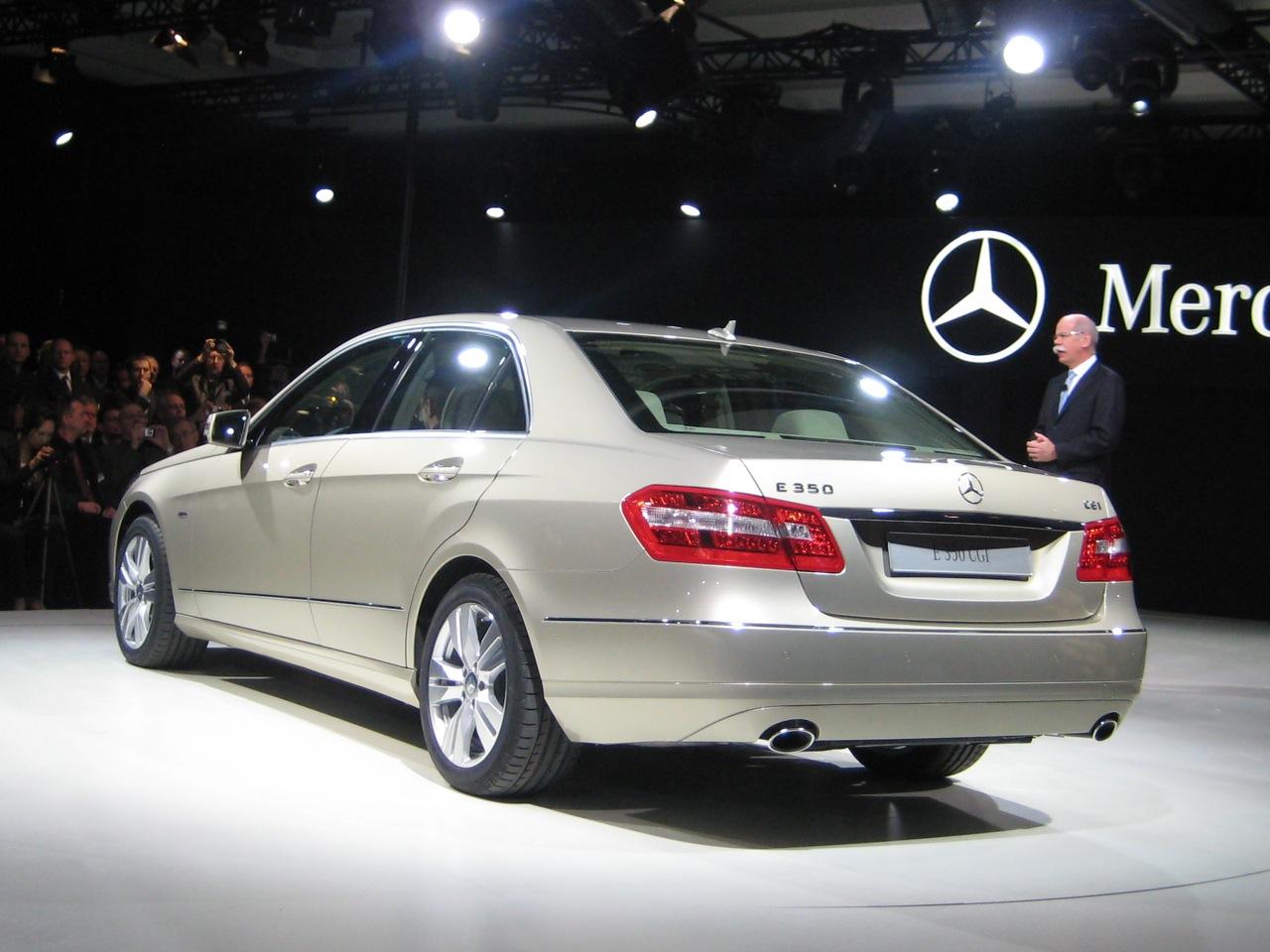 2010-e-class-1280-05.jpg